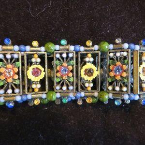 Stretch enameled beaded flower design bracelet new